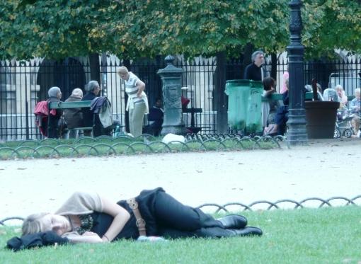 Mulher em Paris 1 - photo by Mamcasz